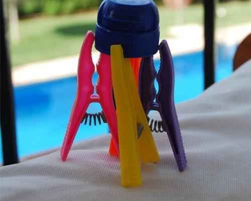 cohete-manualidad-pinzas-tapon-botella-agua-imaginacion-ninos-verano-subir