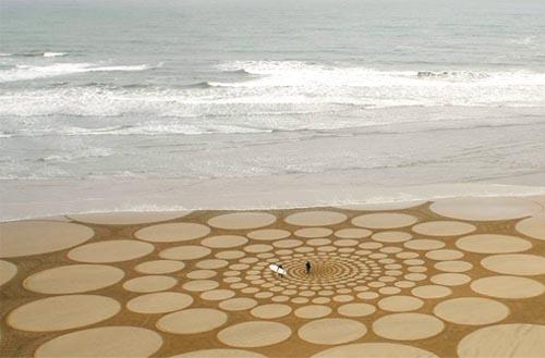 jim-denevan-land-art-arte-en-la-arena-por-el-californiano-jim-denevan-maravillosas-esculturas-efimeras