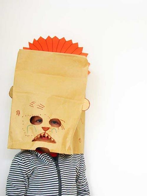 mascara-con-bolsa-de-papel-diy-para-nic3b1os