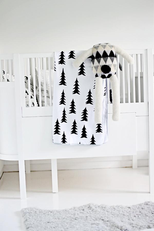 cuna blanca de bebe de madera