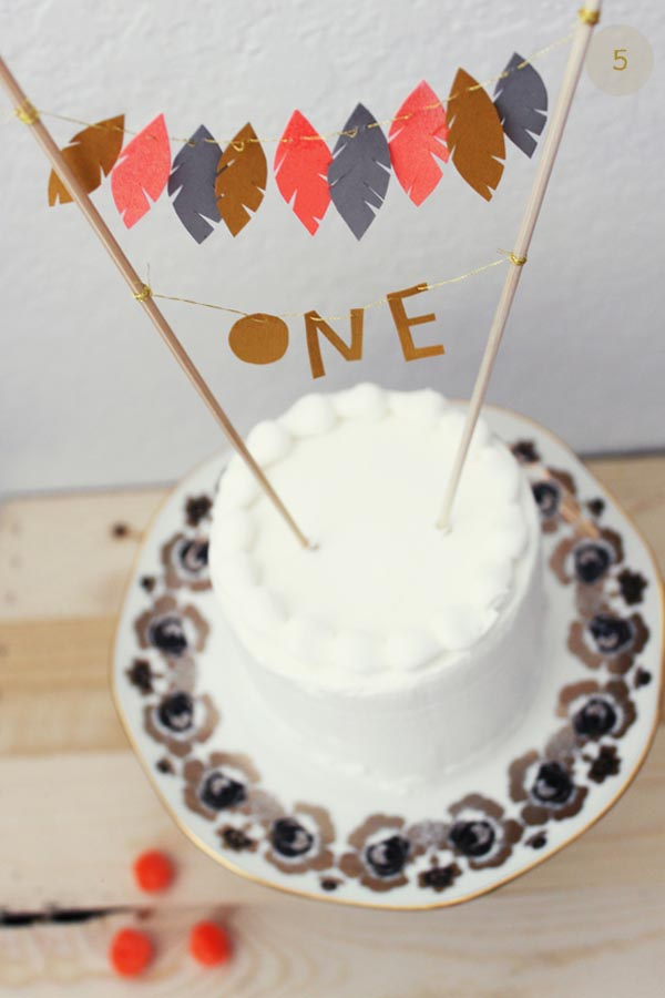 Feather-Cake-Topper_Kelli-Murray_