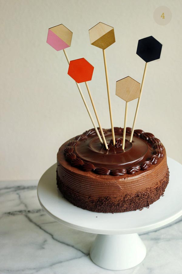 diy-wood-geometric-cake-toppers