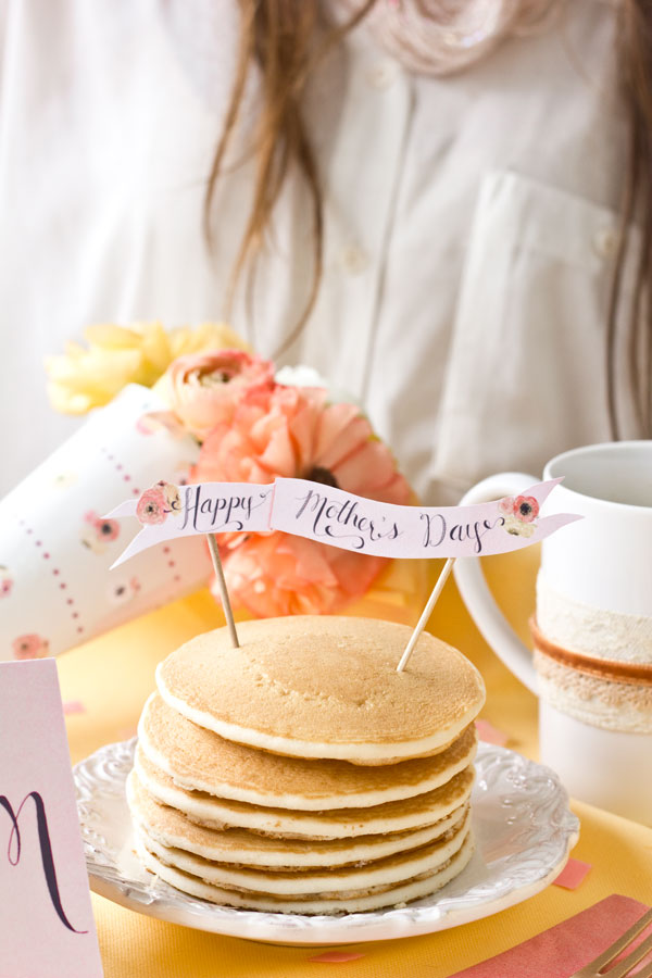 Free-Printable-Mothers-Day-Pancake-Topper