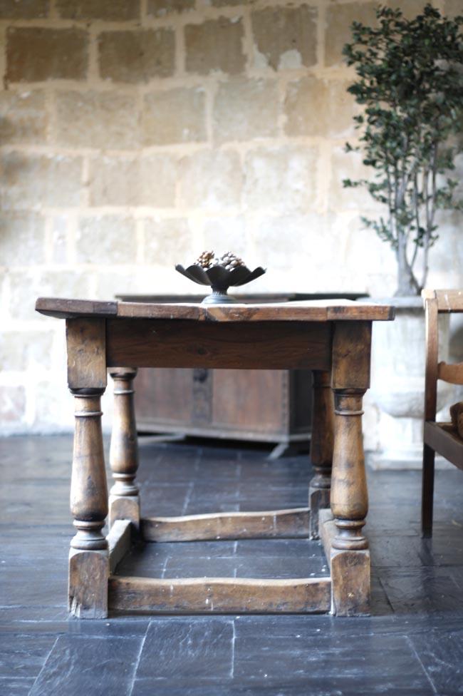 castillo del buen amor mesa castellana