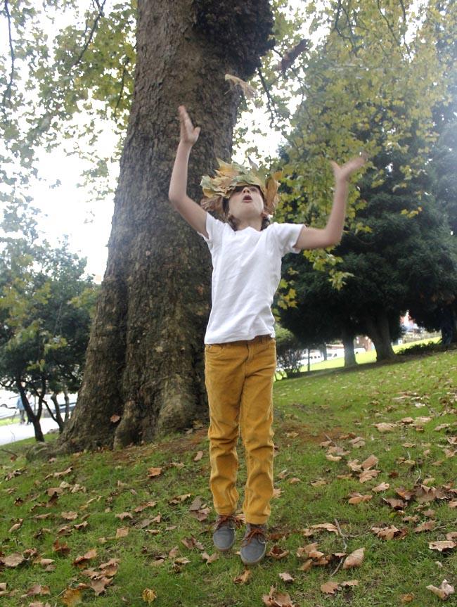 nico hojas parque