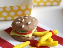 Un picnic merendola de esos que le gustan a los niños! (con plastilina)