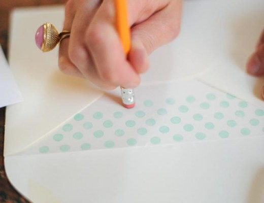 DIY-enveloper-liner-dots-04