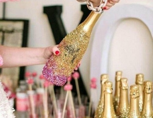 DIY-New-Years-Eve-Decorations-Glitter-Bottle