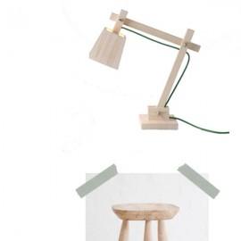 Vista atrás: blanco y madera