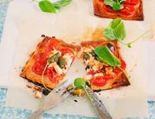 Nueva sección: ¿qué hay de cenar? | mini tartaletas tomate y feta