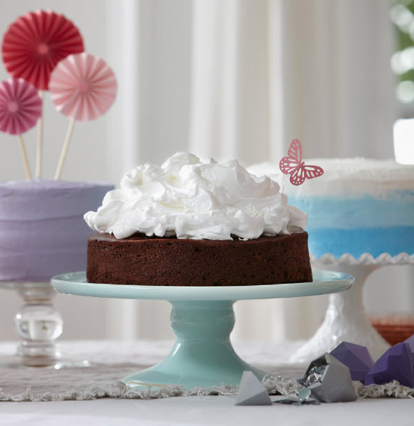 Guinness-cake-with-cloud-icing