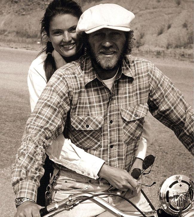 Steve-McQueen-Motorcycle-918x1024