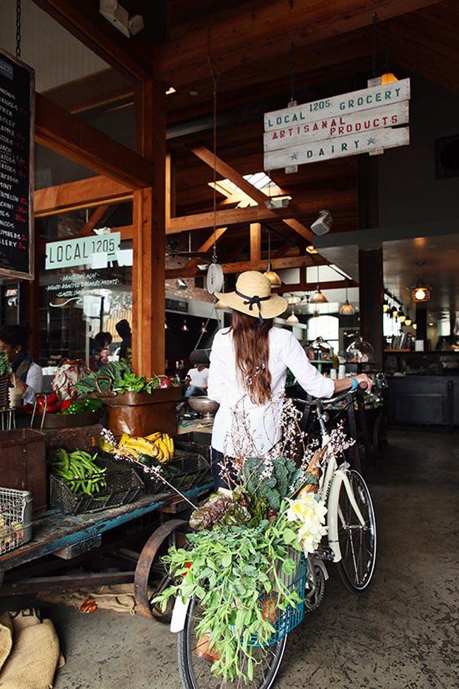 linus-bikes-florals-designlovefest07