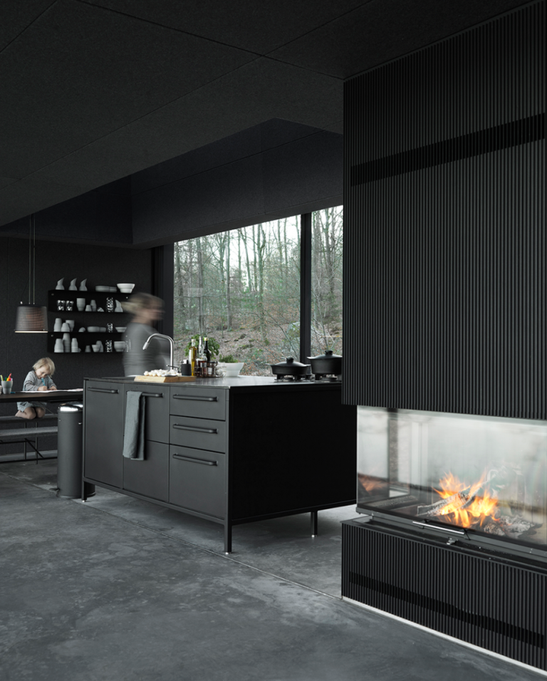 vipp-shelter-egelunds-kitchen01-low-768x956