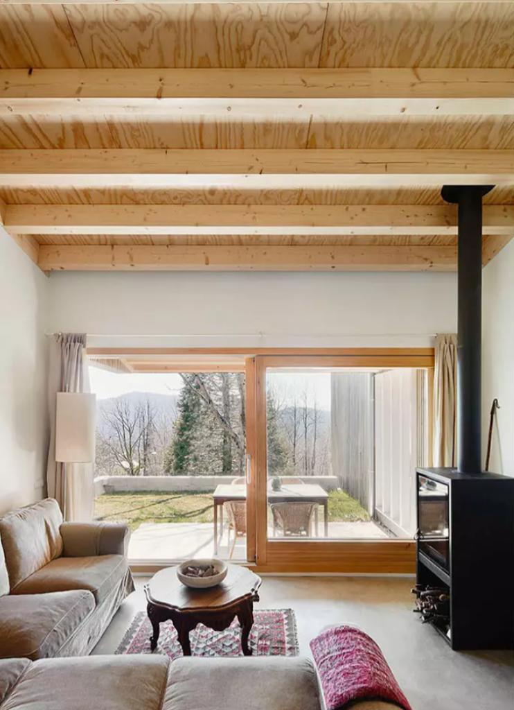 woodecottage